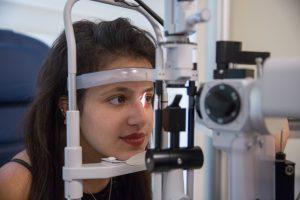 הסרת משקפיים בלייזר מה כולל התהליך